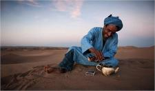 ma-nomaden sahara thee.jpg