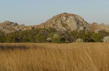 mg-madagaskar vlakte en berg.jpg
